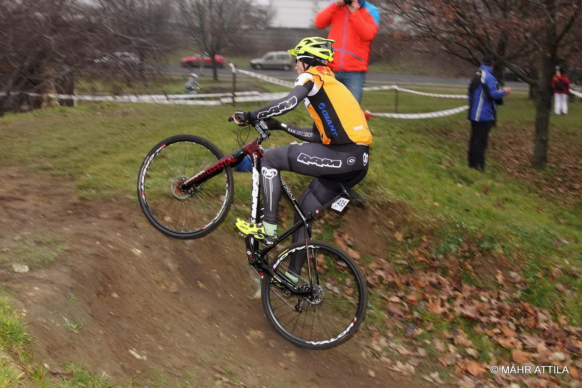 Kőbányai park cx nr 2: 3rd place, damn, I need a new bike :)